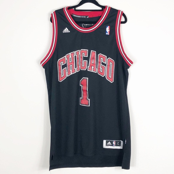 8ebcfdc8a87 adidas Shirts | Chicago Bulls Derrick Rose Jersey Large | Poshmark